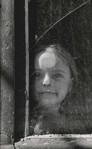 izis-dans-une-cour-rue-alesia-paris-19484.jpg