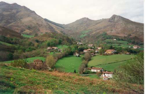 pays basque.jpg